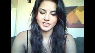 Sunny leone ka webcam wala nude video